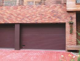 Sekční vrata garážová Blansko